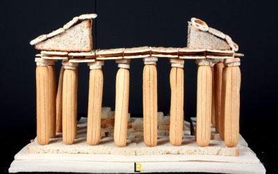 Sculture di pane: il Partenone